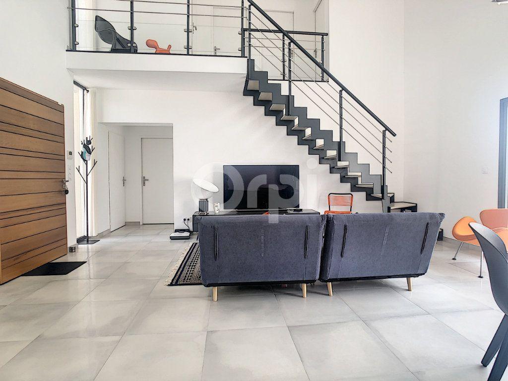 Maison à vendre 4 100m2 à Perpignan vignette-5