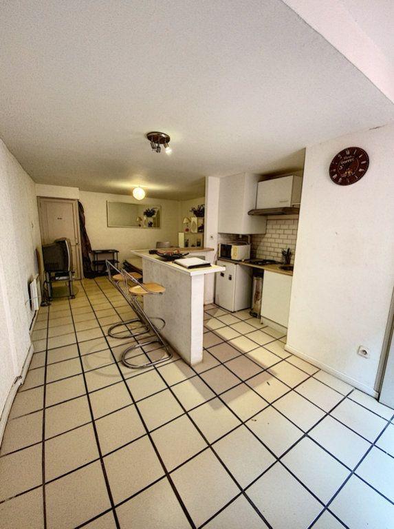 Appartement à vendre 1 27m2 à Perpignan vignette-1