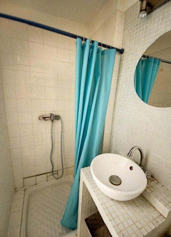 Appartement à vendre 1 27m2 à Perpignan vignette-3