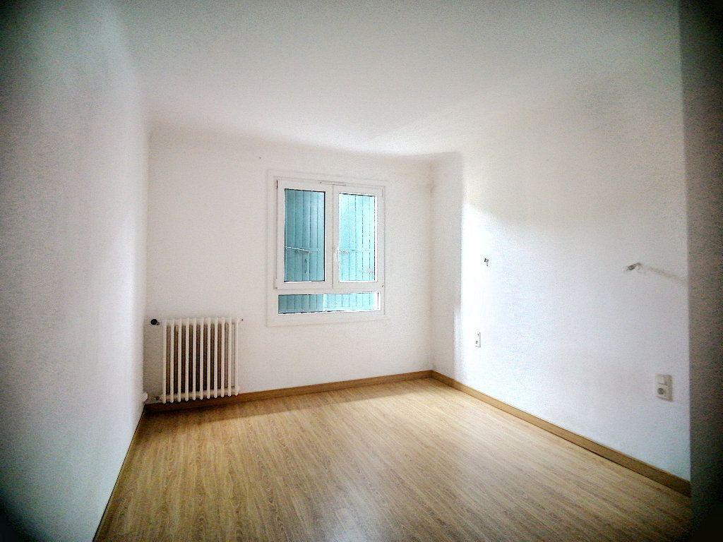 Maison à vendre 8 150m2 à Perpignan vignette-3