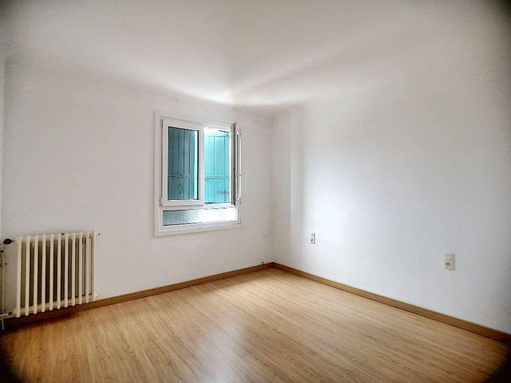 Maison à vendre 8 150m2 à Perpignan vignette-4
