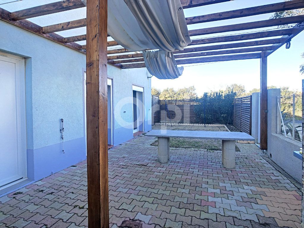 Maison à vendre 6 128.86m2 à Le Barcarès vignette-3