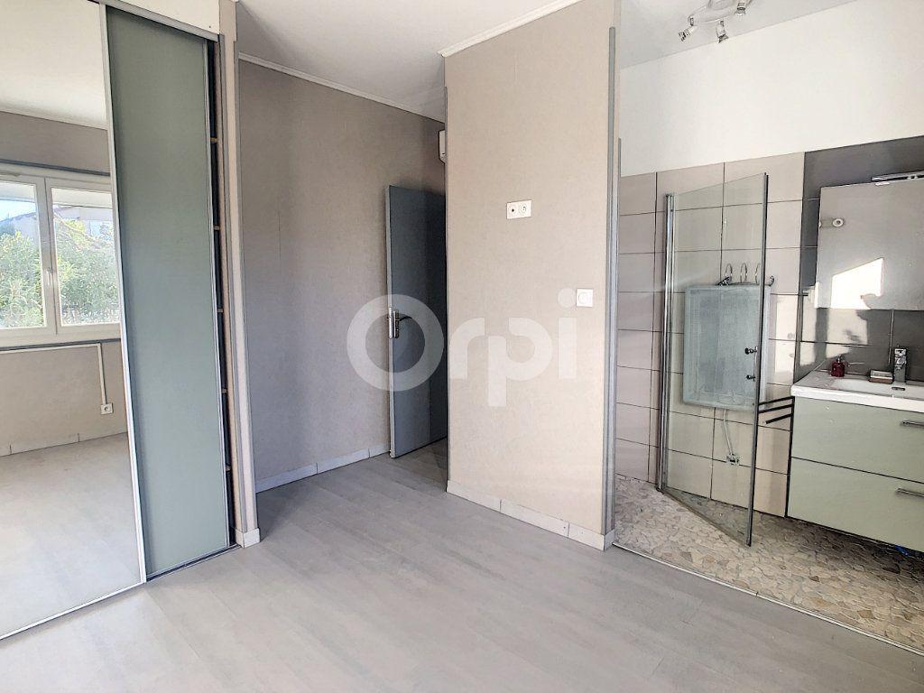 Maison à vendre 6 128.86m2 à Le Barcarès vignette-4