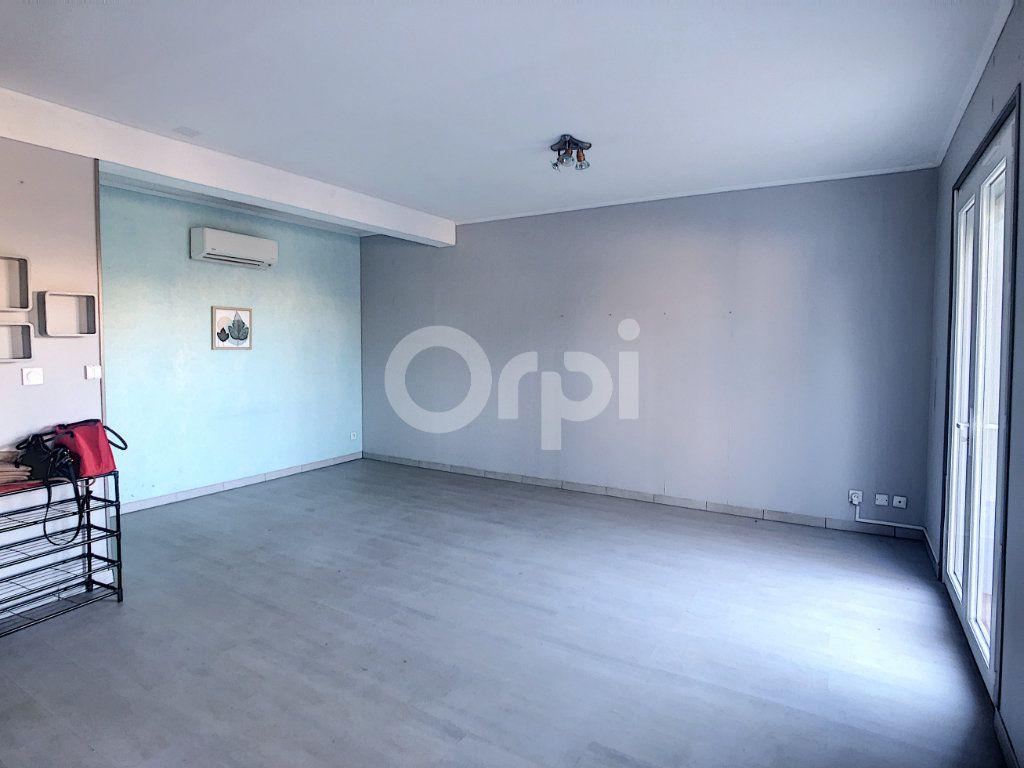 Maison à vendre 6 128.86m2 à Le Barcarès vignette-7