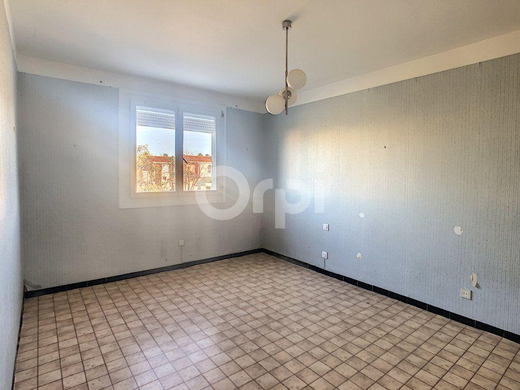 Maison à vendre 6 128.86m2 à Le Barcarès vignette-8