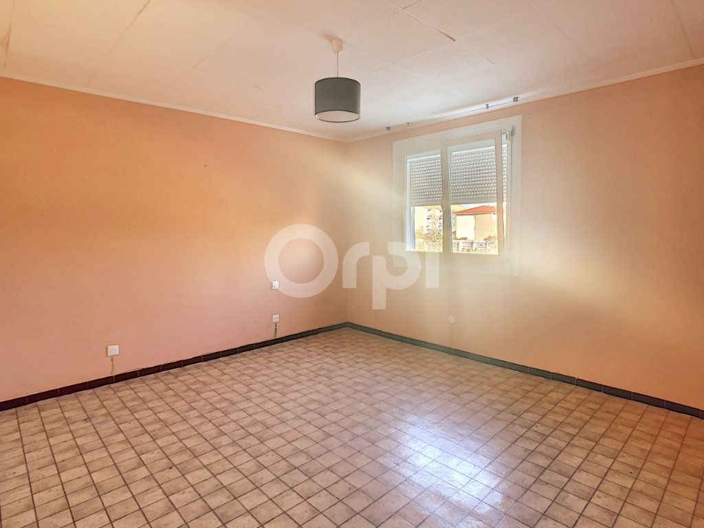 Maison à vendre 6 128.86m2 à Le Barcarès vignette-10