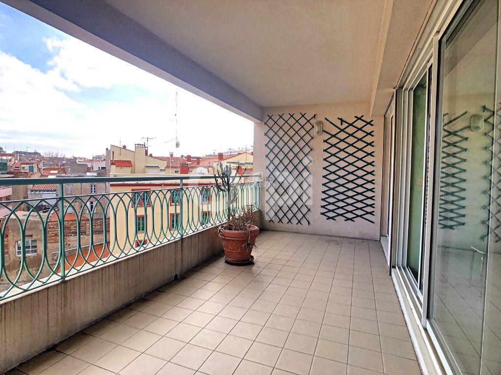 Appartement à vendre 4 112m2 à Perpignan vignette-2