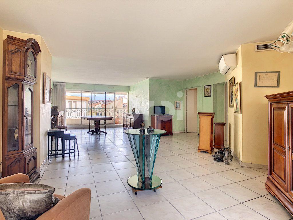 Appartement à vendre 4 112m2 à Perpignan vignette-5