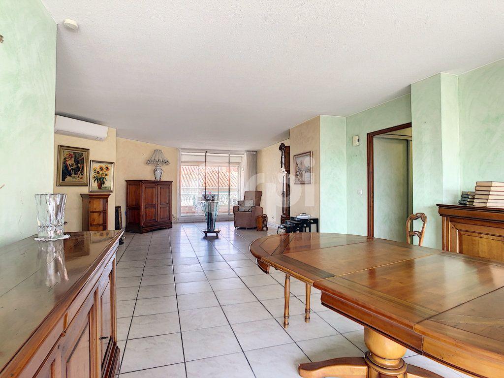 Appartement à vendre 4 112m2 à Perpignan vignette-6