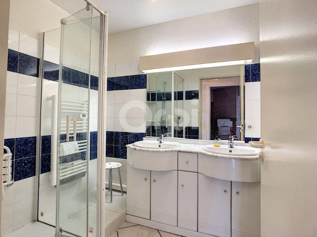 Appartement à vendre 4 112m2 à Perpignan vignette-9