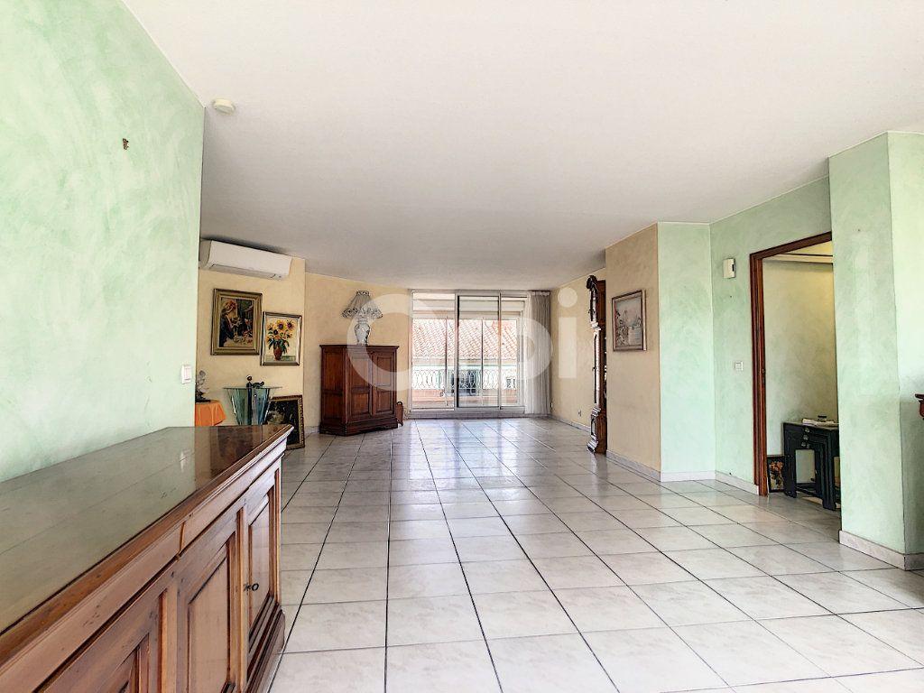 Appartement à vendre 4 112m2 à Perpignan vignette-10