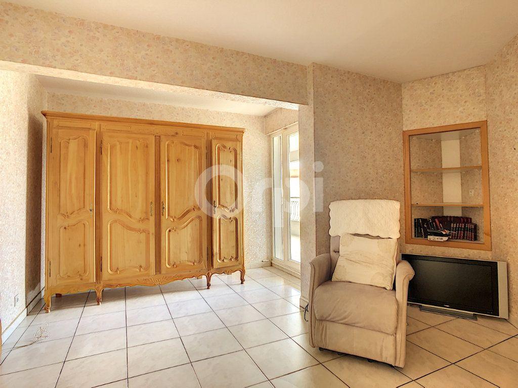 Appartement à vendre 4 112m2 à Perpignan vignette-11