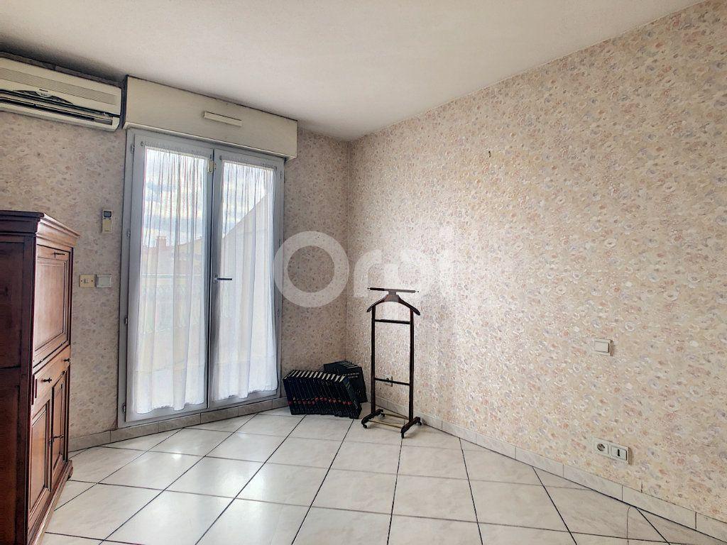 Appartement à vendre 4 112m2 à Perpignan vignette-12