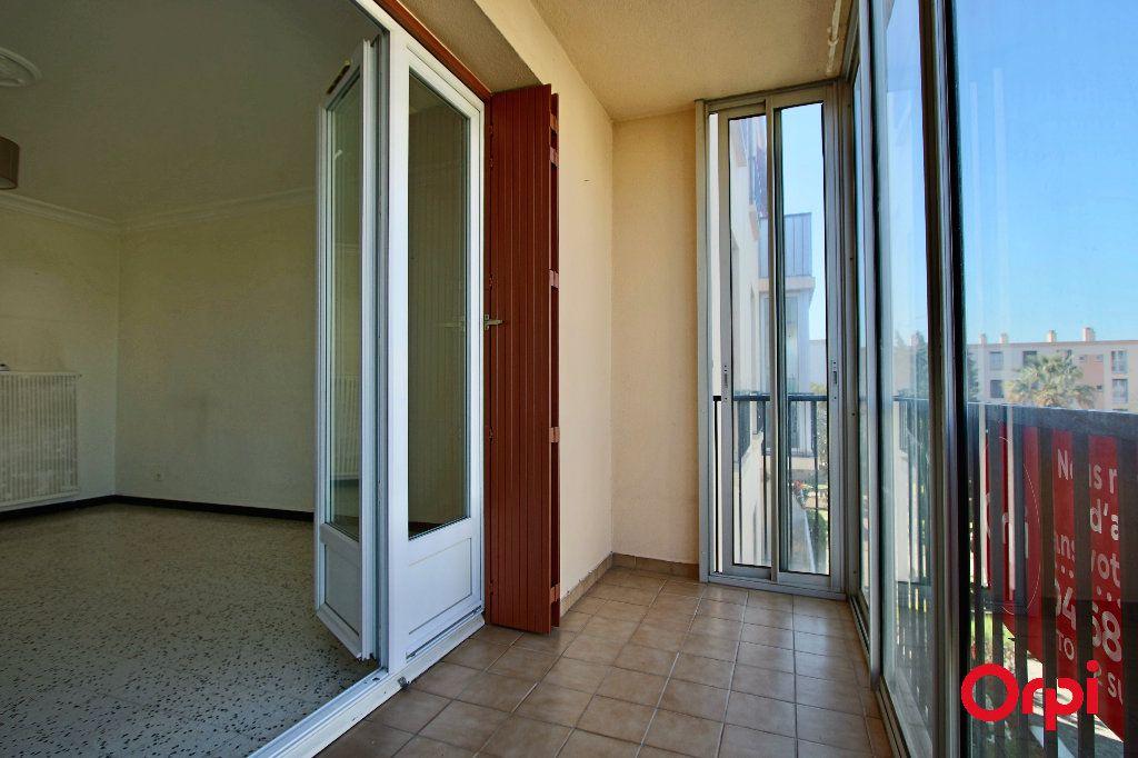 Appartement à vendre 3 62m2 à Perpignan vignette-3