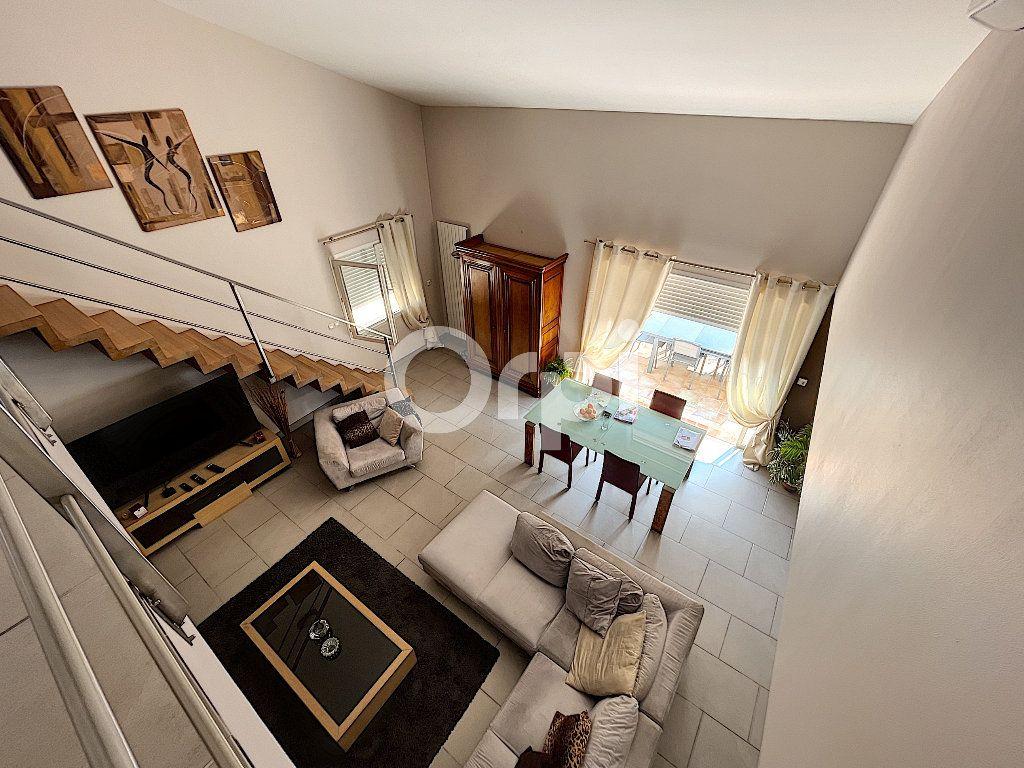 Maison à vendre 4 137.6m2 à Cabestany vignette-6