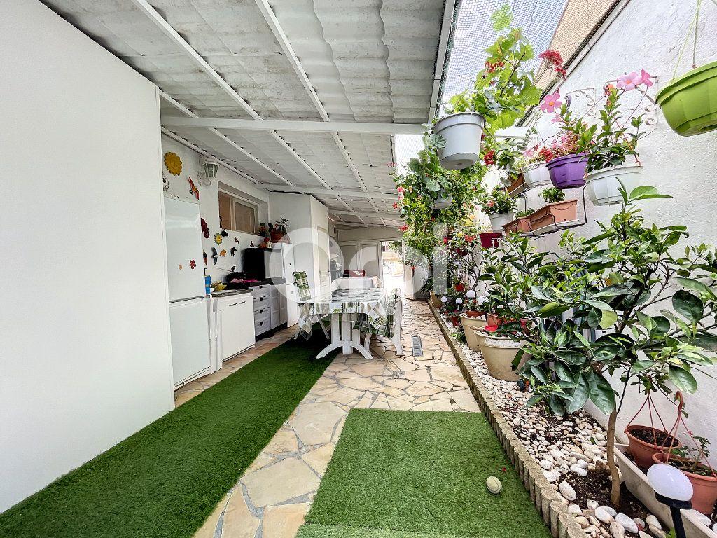 Maison à vendre 4 88m2 à Canet-en-Roussillon vignette-1