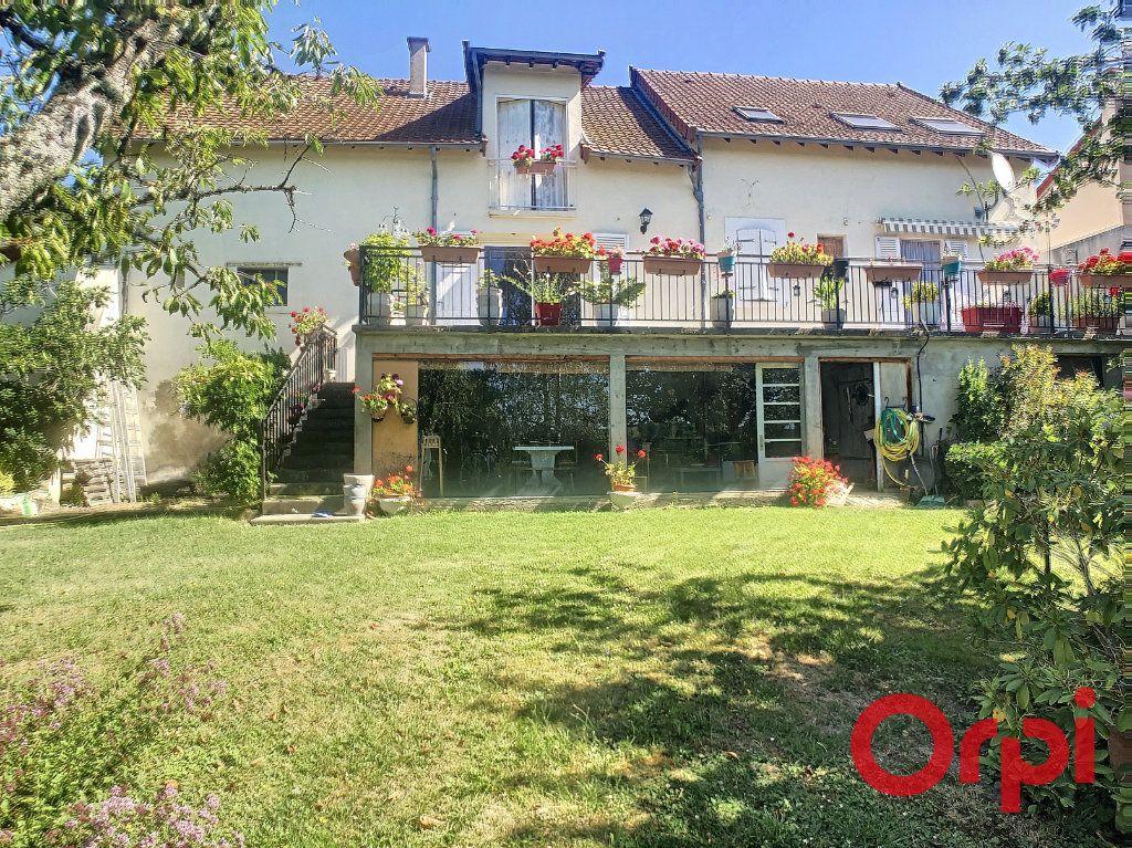 Maison à vendre 7 150m2 à Bellerive-sur-Allier vignette-1