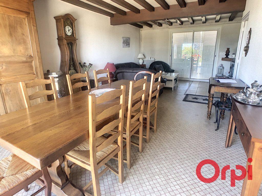 Maison à vendre 7 150m2 à Bellerive-sur-Allier vignette-2