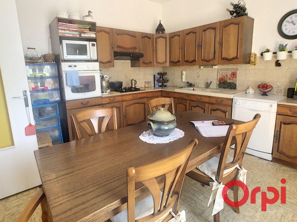 Maison à vendre 7 150m2 à Bellerive-sur-Allier vignette-4