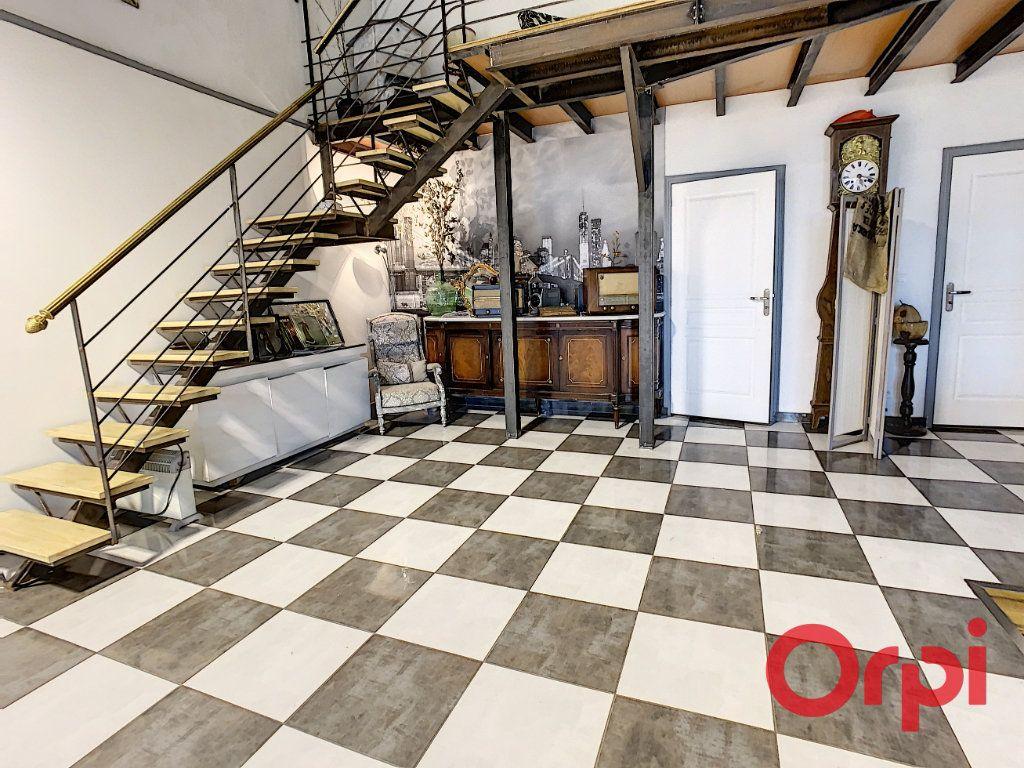 Maison à vendre 10 320m2 à Vendat vignette-2