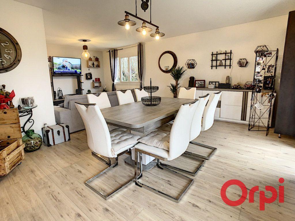 Maison à vendre 10 320m2 à Vendat vignette-10