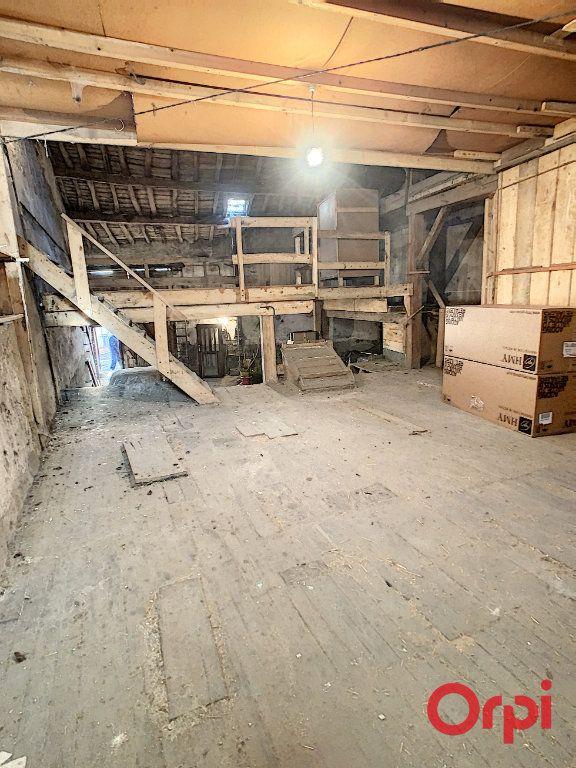Maison à vendre 2 120m2 à Gannat vignette-4
