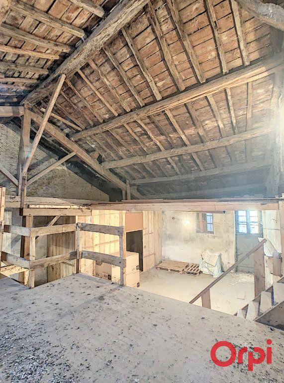 Maison à vendre 2 120m2 à Gannat vignette-7