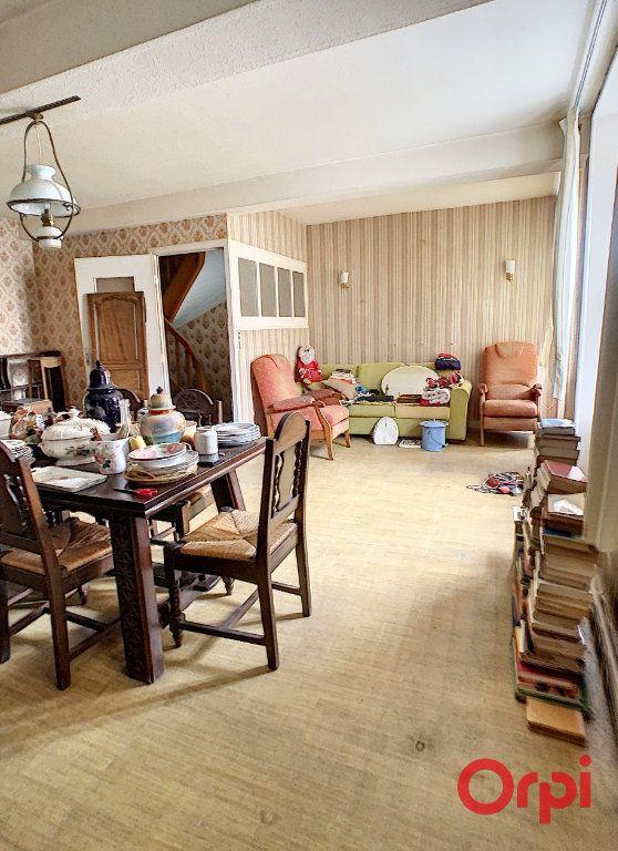 Maison à vendre 6 170m2 à Gannat vignette-5