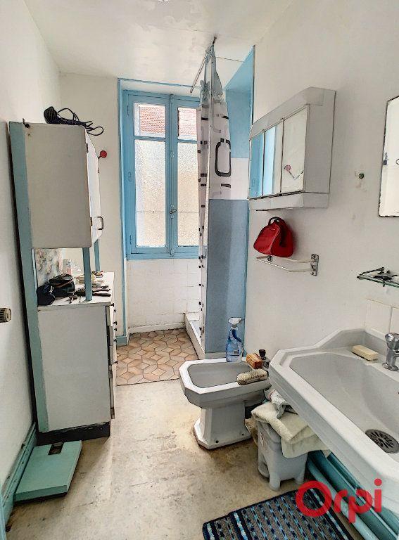 Maison à vendre 6 170m2 à Gannat vignette-6