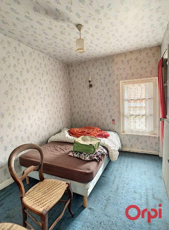 Maison à vendre 6 170m2 à Gannat vignette-9