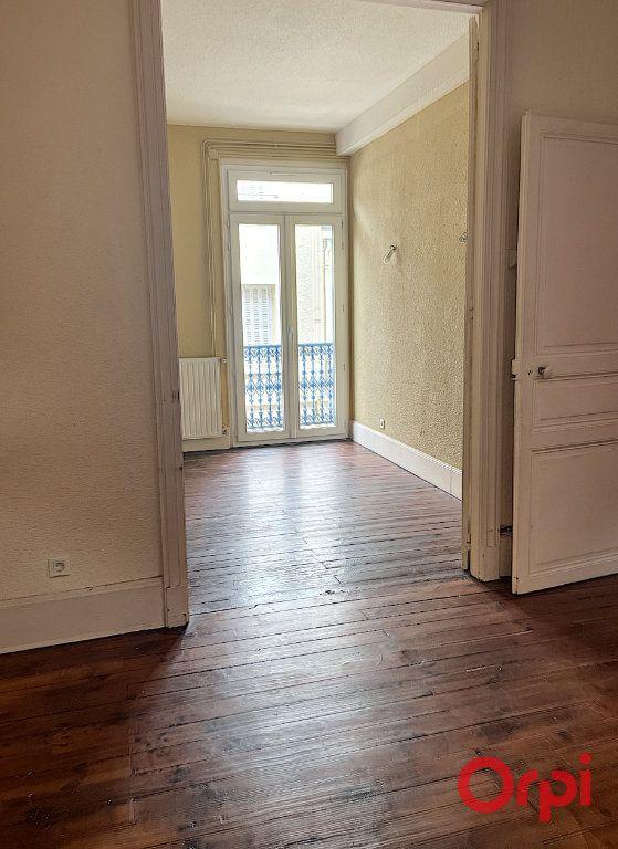 Maison à vendre 6 123m2 à Vichy vignette-3