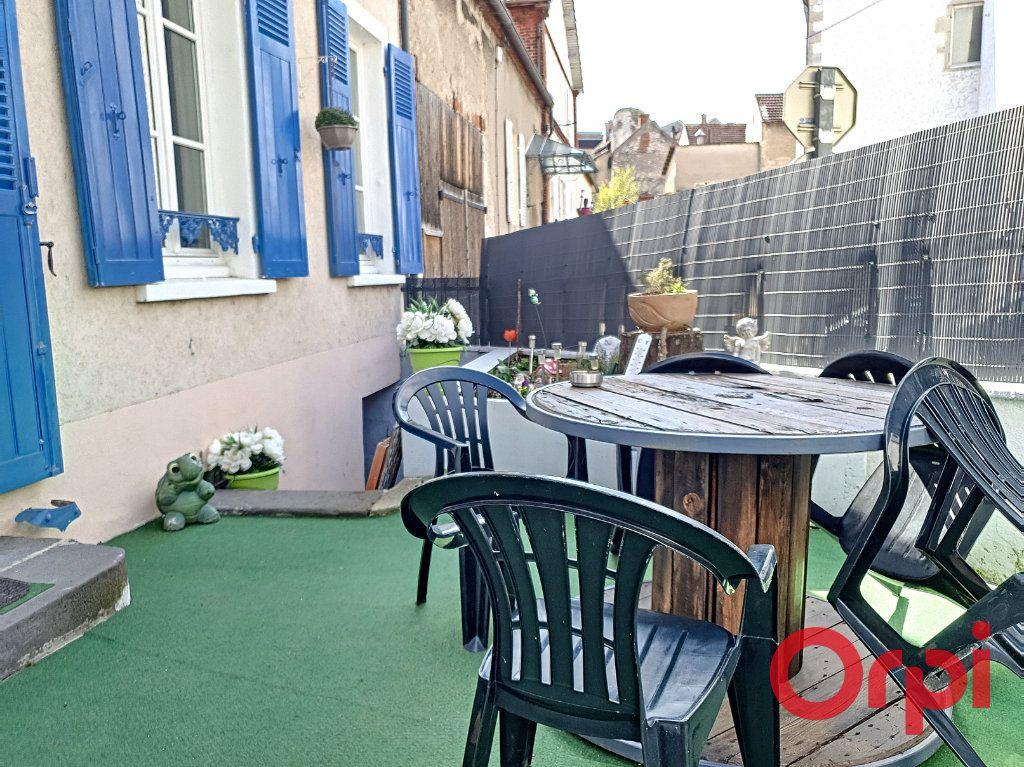 Maison à vendre 6 140m2 à Saint-Germain-des-Fossés vignette-16