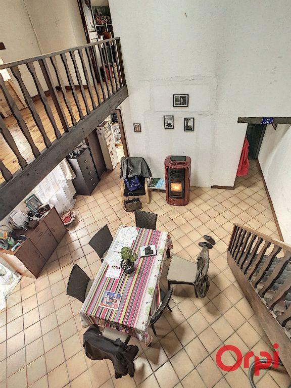 Maison à vendre 5 130m2 à Saint-Quintin-sur-Sioule vignette-2