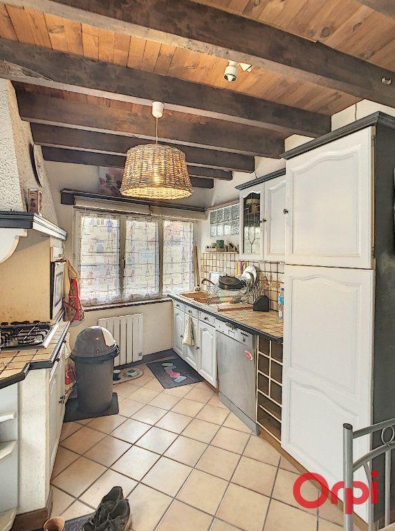 Maison à vendre 5 130m2 à Saint-Quintin-sur-Sioule vignette-7