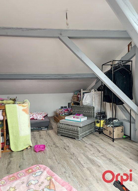 Maison à vendre 6 123m2 à Gannat vignette-10