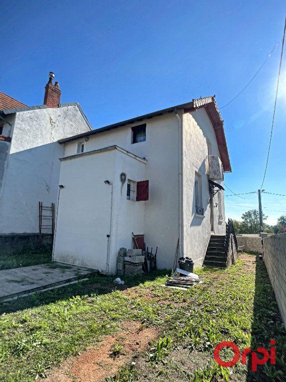 Maison à vendre 6 110m2 à Cusset vignette-3