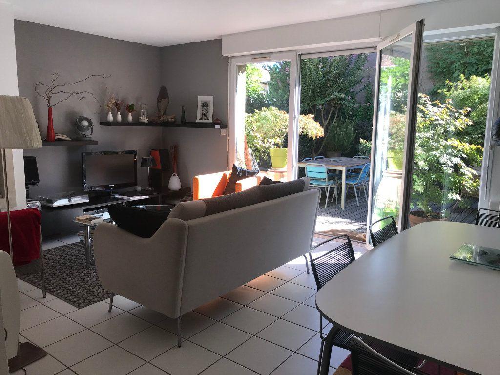 Maison à vendre 5 94m2 à Bruges vignette-2