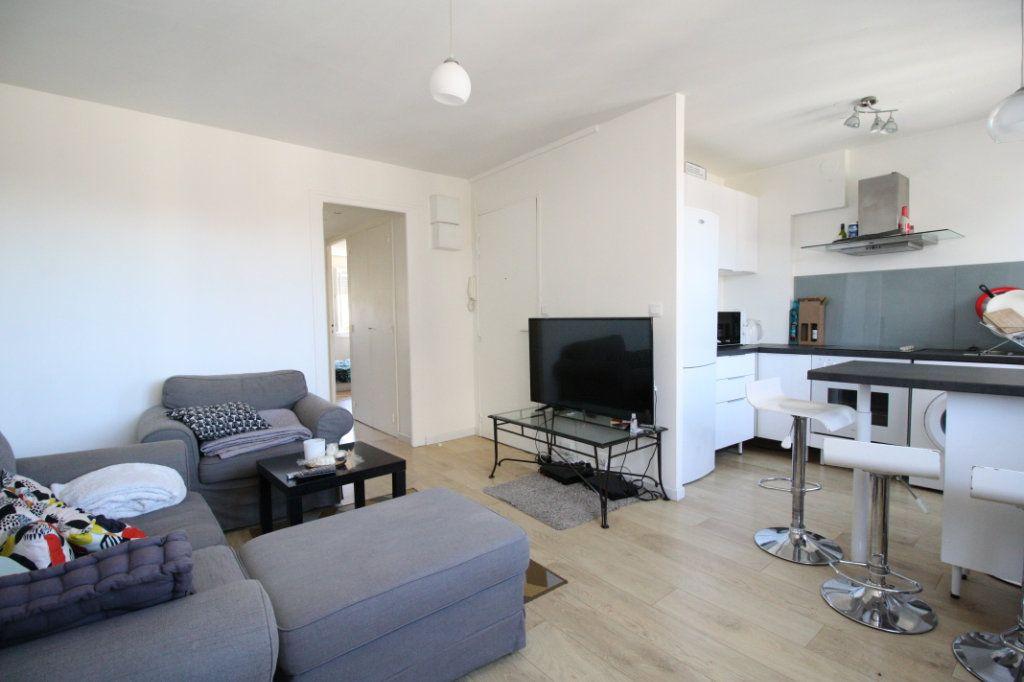Appartement à vendre 3 46m2 à Bordeaux vignette-1