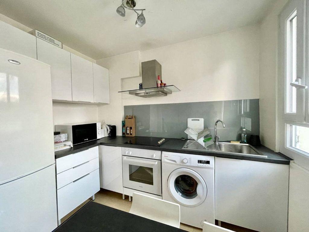 Appartement à vendre 3 46m2 à Bordeaux vignette-3