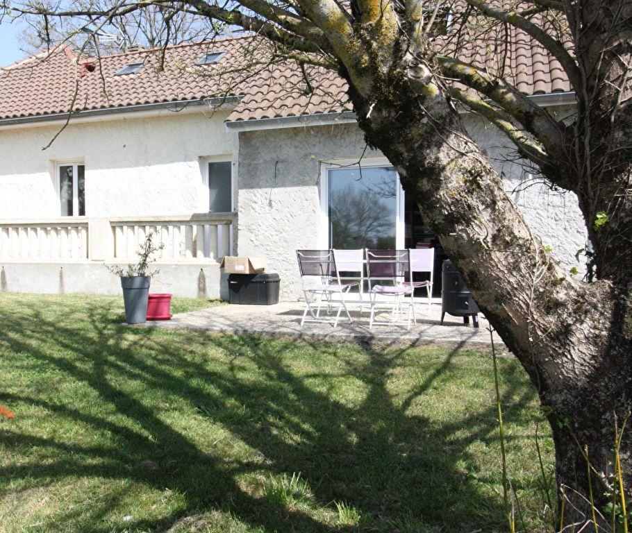 Maison à vendre 5 104.56m2 à Carignan-de-Bordeaux vignette-2