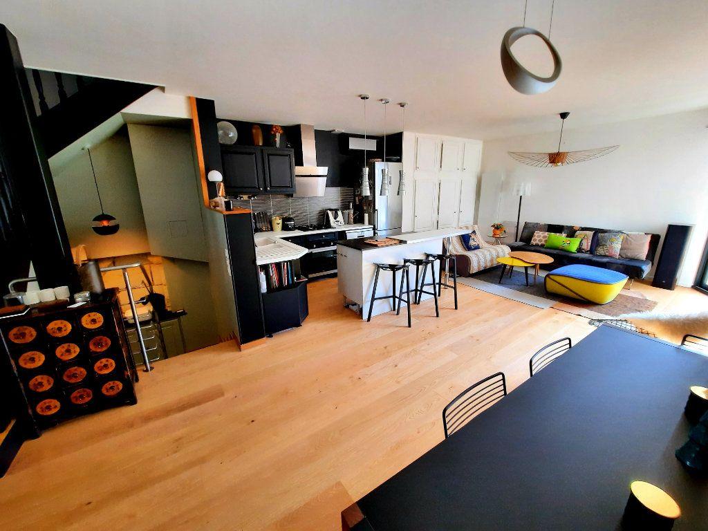 Maison à vendre 4 100m2 à Bordeaux vignette-2
