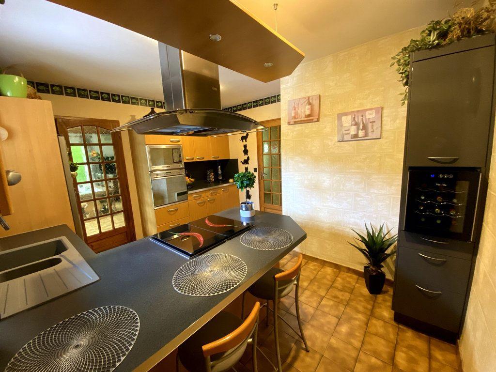 Maison à vendre 4 92m2 à Sadirac vignette-3