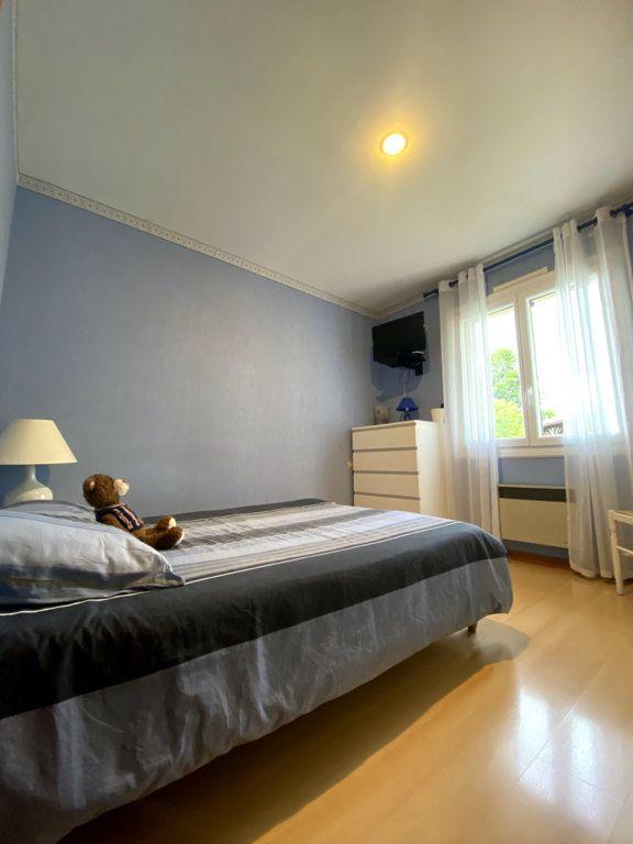 Maison à vendre 4 92m2 à Sadirac vignette-8