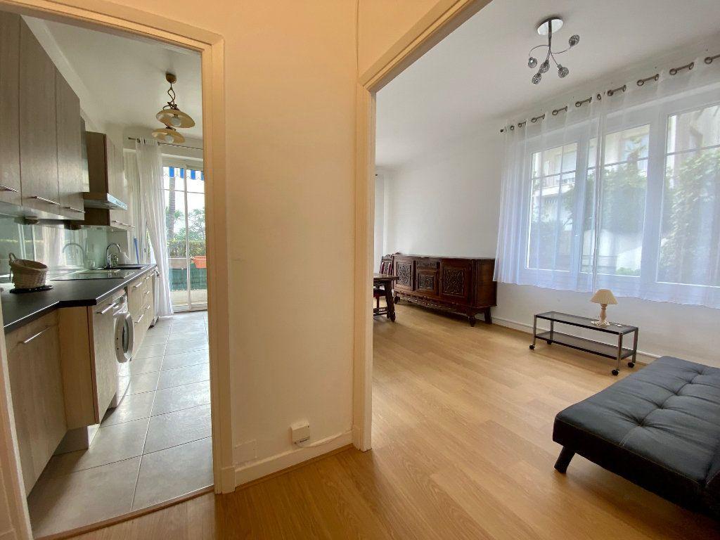Appartement à louer 3 74.05m2 à Nice vignette-6