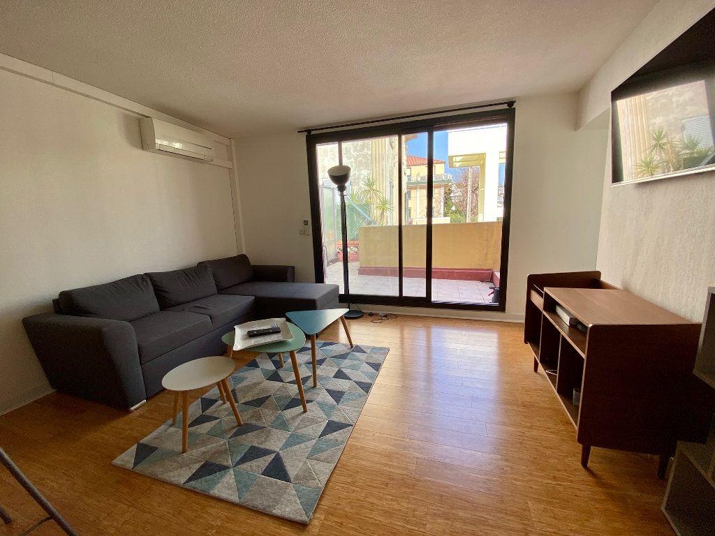 Appartement à louer 2 44.37m2 à Nice vignette-3