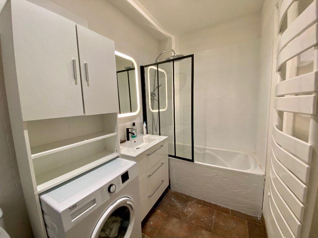 Appartement à louer 2 44.37m2 à Nice vignette-5