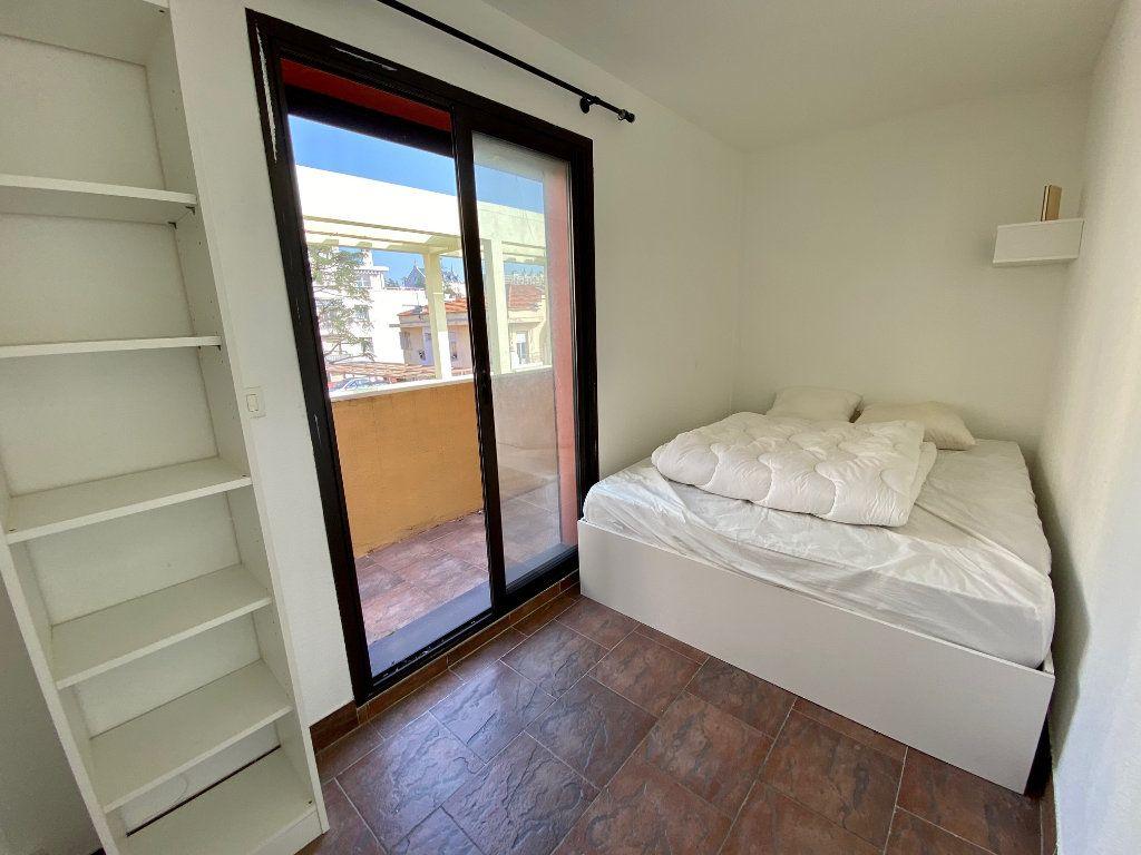 Appartement à louer 2 44.37m2 à Nice vignette-6