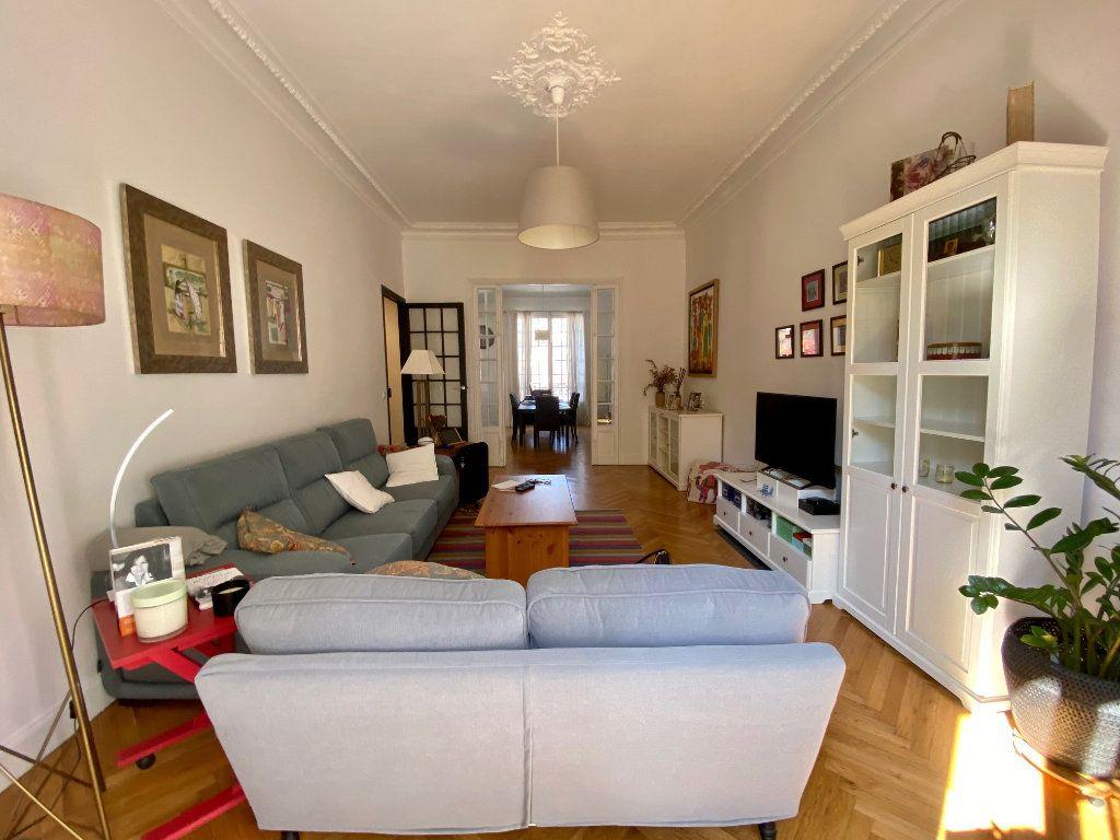 Appartement à louer 3 102.34m2 à Nice vignette-1