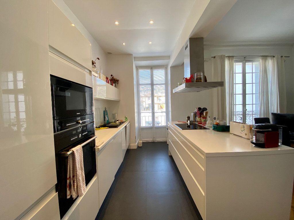 Appartement à louer 3 102.34m2 à Nice vignette-5