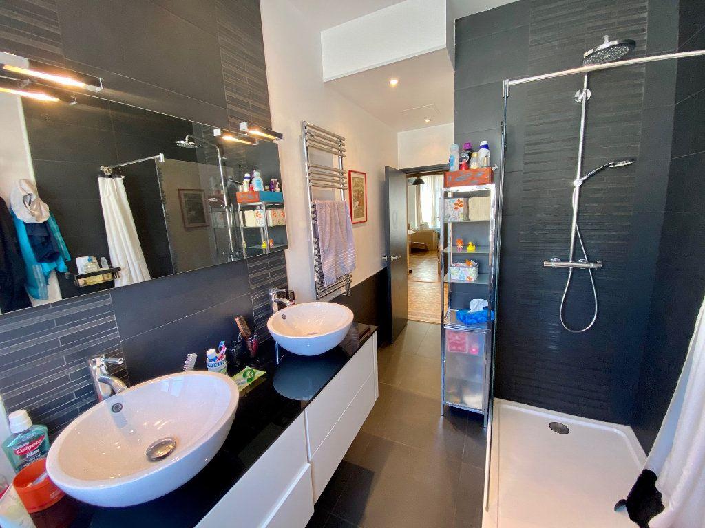 Appartement à louer 3 102.34m2 à Nice vignette-7